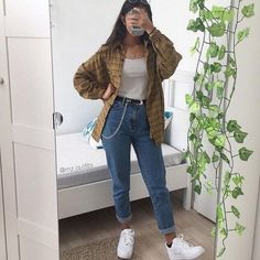 Plaid shirt, White vest top, Mom jeans and White trainers. Plaid shirt, White vest top, Mom jeans and White trainers. Mode Outfits, Retro Outfits, Cute Casual Outfits, Vintage Hipster Outfits, Skirt Outfits, Indie Hipster, Girl Hipster Outfits, 90s Style Outfits, Hipster Outfits Winter