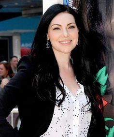 Laura Prepon posts cryptic Instagram about OITNB season 4