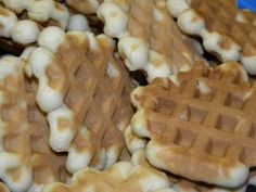 Waffle Cookies - (When my grandma passed, my uncle threw away all of her recipes including this one she used to make for some sort of light fluffy cookie she made in a waffle iron. so here goes the hunt for the waffle cookie) Cookie Desserts, Cookie Recipes, Dessert Recipes, Icing Recipes, Cookie Bars, Waffle Iron Cookies, Yummy Waffles, Waffle Maker Recipes, Gourmet