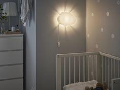 DRÖMSYN Wandlamp   IKEA IKEAnl IKEAnederland 2WMN inspiratie wooninspiratie baby babykamer inrichten MALM Ladekast GULLIVER Babybedje