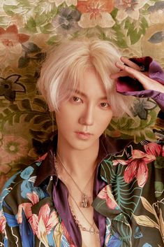 180404 SJ Official SNS update: Yesung Teaser Photo #yesung #superjunior #replay #losiento