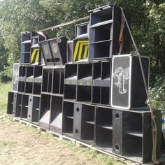 ♫ ★ free PartY CoNNeCTiON ★ ... ²³ The only good system is a soundsystem Happy Electronic ... Tekno ... Tribecore ... SounD -> -> -> FREE PARTY u SOUNDS