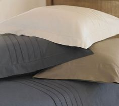 Flannel sheets are a dream now that cold nights are here - I'd love these organic cotton babies from VivaTerra!
