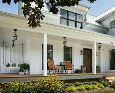 25 White Exterior Ideas for a Bright, Modern Home - http://freshome.com/ white-home-exteriors/ | architecture we adore | Pinterest | Exterior,  Bright and ...