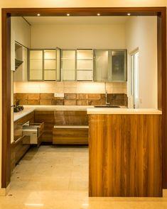 Kitchen by ssdecor modern engineered wood transparent Kitchen Cupboard Designs, Kitchen Design Open, Interior Design Kitchen, Small Modern Kitchens, Modern Kitchen Interiors, Kitchen Modular, Small Apartment Kitchen, Cuisines Design, Kitchen Remodel