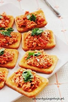 Easy Healthy Recipes, Easy Meals, Appetisers, Appetizer Recipes, Cake Recipes, Sandwiches, Food And Drink, Healthy Eating, Bruschetta