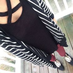 Criss cross top outfit