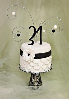 Retro Black and White Cake