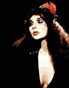 """Hammer Horror. """"who knows all the sights of..."""" Lionheart album. #katebush #1979  FishPeople Kate Bush @FishPeopleFC"""