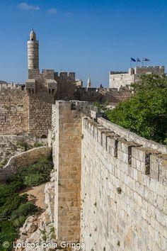 Muro da cidade de Jerusalem   Israel Jerusalem Israel, Kingdom Of Jerusalem, Naher Osten, Israel History, Visit Israel, Ancient Buildings, Israel Travel, Dream Book, Holy Land
