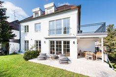 Laim: Luxuriös sanierte Familien-Villa mit stilvoller Ausstattung und Südgarten in ruhiger Lage Details: http://www.riedel-immobilien.de/objekt/2631