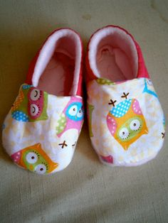 Owl Fabric Baby Shoes by DanielleSeevers on Etsy, $10.00