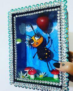 Bee & Balloon Doll sculpture in a box. Sculpture Art, Sculptures, Balloons, Bee, Dolls, Drawings, Frame, Artwork, Painting