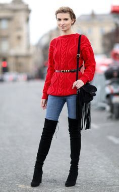 Cozy Fashion Staples You Need For Your Weekend Wardrobe Cozy Fashion, Girl Fashion, Womens Fashion, Jeans Fashion, Paris Fashion, Style Fashion, Heels Outfits, Winter Outfits, Black Leather Biker Jacket