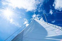 Mit jedem Windstoß und jeder Welle kommt etwas Neues und Unerwartetes. Wir nutzen den guten Wind und freuen uns auf unsere neue Webseite, wer weiß was Sie die #Charter-Suche dann finden läst … Outdoor Furniture, Outdoor Decor, Html, News, Sailing Yachts, Wave, Sailing Ships, Caribbean, Croatia