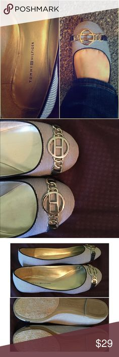 NWOT Tommy Hilfiger flats Adorable Tommy Hilfiger flats. My feet never went back down to their original size post pregnancy. I never got a chance to wear these. Size 7. Emblem 'H' on toes. Nautical feel to them ❤️ Tommy Hilfiger Shoes Flats & Loafers