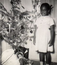 Vintage Christmas---does that happy smile grab your heart or what?