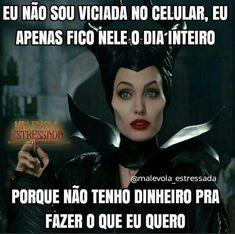 Angelina Jolie says looks dont matter if youre not intelligent in blunt new interview Funny Test, Funny Jokes, Otaku Meme, Memes Status, Instagram Blog, Sarcasm Humor, Disney Memes, Love Memes, Bts Memes