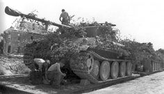 Multiple Panthers being transported with camoflague in place #worldwar2 #tanks