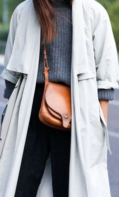 MINIMAL + CLASSIC: grey, beige, tan leather bag