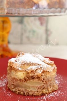Bildiğiniz bütün tarifleri rafa kaldırın, az yağlı ve yumuşacık Elmalı Lokum Kek...