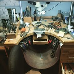 Related image Working Area, Metal Working, Jewelers Workbench, Jewellers Bench, Workspace Design, Jewelry Making Tools, Vintage Tools, Craft Storage, Art Studios