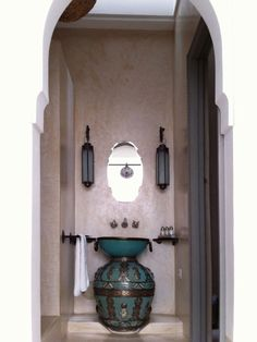 Riad Snan 13 Hotel in Marrakech, Morocco. Amazingly beautiful is this sink bowl above what I believe to be a Moroccan vase. Just perfect! Moroccan Design, Moroccan Decor, Moroccan Style, Moroccan Lanterns, Moroccan Rugs, Best Riads In Marrakech, Riad Marrakech, Design Marocain, Moroccan Bathroom