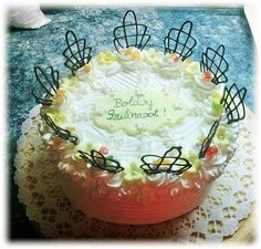 Szülinapi oroszkrém torta Camembert Cheese, Dairy, Cake, Food, Candy, Kuchen, Essen, Meals, Torte