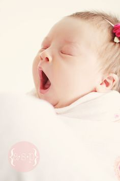 yawn... so sweet :* baby girl
