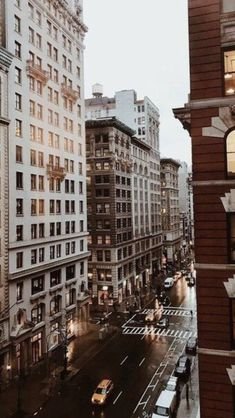 Discovered by j mora istante Find images and videos about aesthetic travel and city on We Heart It - the app to get lost in what you love City Aesthetic, Brown Aesthetic, Travel Aesthetic, Aesthetic Backgrounds, Aesthetic Wallpapers, City Vibe, Nyc Life, City Wallpaper, Dream City