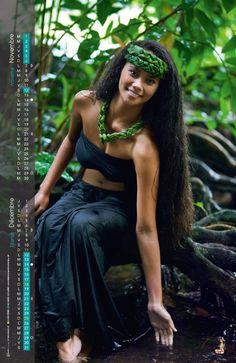 Natural Afro girl - Belezza,animales , salud animal y mas Beautiful Long Hair, Beautiful Black Women, Beautiful People, Hawaiian Girls, Hawaiian Dancers, Tarzan, Hula Dancers, Brazilian Women, Afro Girl