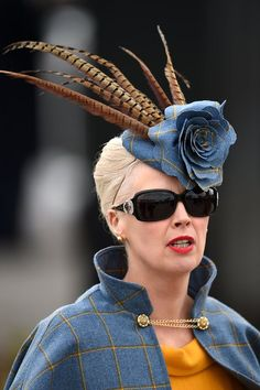 Ladies' day at Cheltenham Festival - in pictures Race Day Fashion, Races Fashion, Steampunk Fashion, Victorian Fashion, Gothic Fashion, Fashion Fashion, Wedding Hats, Wedding Fascinators, Headpieces