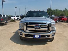 2014 Ford F-350SuperDuty Lariat 4x4 Lariat 4dr Crew Cab 6.8 ft. SB SRW Pickup Pickup 4 Doors Silver for sale in Livingston, TX Source: http://www.usedcarsgroup.com/new-ford-f_350_super_duty-for-sale