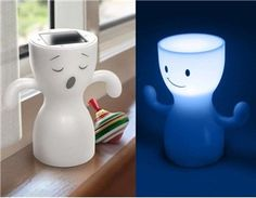 Globoy Blue Light Solar Night Lamp (White)