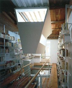 Project by Enric Miralles and Carme Pinós The incredibly narrow aisle is ideal for double height book selves. Alvar Aalto, Le Corbusier, Lego House, Space Architecture, Facade House, Inspired Homes, Skylight, Interiores Design, Home And Living