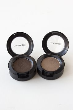 Mac eyeshadow in Brun and Patina