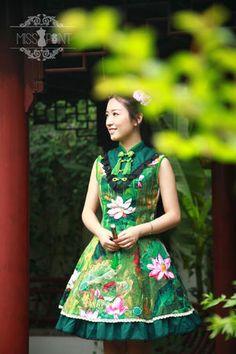 Green Qi Lolita