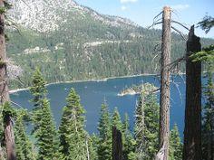 Emerald Bay / http://www.sleeptahoe.com/emerald-bay-96/