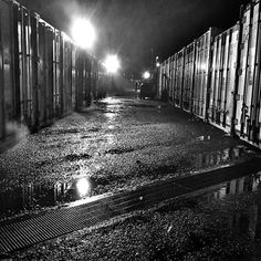 #barradatijuca #parqueolimpico #blackandwhite #noir #olimpiadasrio2016 #rioolympicgames  #baldoino  Photo taken in a rainy night, after a full shift working in olympic games of 2016.  After see the smoke getting out the conteiners, I need to make this image.