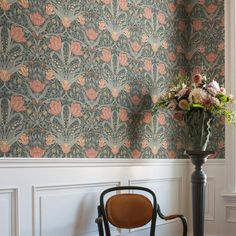 Filippa Wallpaper from the Apelviken Collection by Midbec Wallpapers is a large flower wallpaper with brick red flowers and muted green foliage. Normal Wallpaper, Home Wallpaper, Flower Wallpaper, Beautiful Wallpaper, Arts And Crafts Interiors, Hearth And Home, Floor Patterns, Mosaic Designs, Arts And Crafts Movement