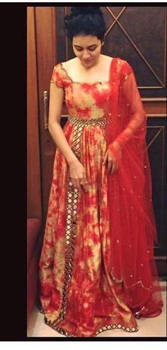 charming look it gives you. Indian Gowns, Indian Attire, Pakistani Outfits, Indian Outfits, Anarkali Dress, Lehenga, Sarees, Churidar Designs, Frock Design