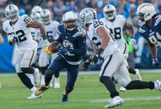 Keenan Allen finishes first 16-game season by setting Chargers record - LA Daily News