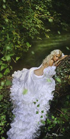 New Bridal Boudoir Photography Heels Ideas Fantasy Photography, Boudoir Photography, Portrait Photography, Fashion Photography, Wedding Photography, Fairy Tale Photography, Foto Glamour, Poses Photo, Bridal Boudoir