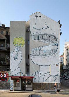 BLU, l'artiste urbain qui métamorphose les façades d'immeubles avec ses peintures engagées http://dailygeekshow.com/?p=84165