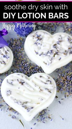 Lavender is one of the best scents for DIY beauty recipes. Learn how to make easy this Homemade Lotion Bar recipe with a few natural ingredients like shea butter, coconut oil, beeswax and essential oi Diy Lotion, Lotion Bars, Diy Cosmetic, Lavender Recipes, Massage Lotion, Massage Oil, Essential Oil Scents, Homemade Beauty Products, Diy Products