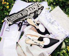 "👑 Hanna Isabelle 👑 on Instagram: ""J'adore Dior 🖤 new Belt  heels 👠"" Replica Handbags, Handbags Online, Bvlgari Bags, Celine Bag, Prada Bag, Louis Vuitton, Belt, Purses, Christian Dior"