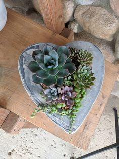 Heart Planter made from cement! Valentine's Day Flower Arrangements, Cement, Concrete, Succulents, Planters, Valentines, Photo And Video, Heart, Flowers