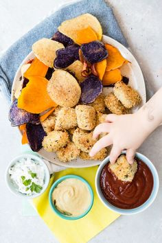Easy Homemade Nugget recipes that will please even the pickiest kids Easy Healthy Breakfast, Healthy Snacks For Kids, Easy Healthy Dinners, Healthy Dinner Recipes, Snack Recipes, Easy Recipes, Summer Recipes, Appetizer Recipes, Healthy Food