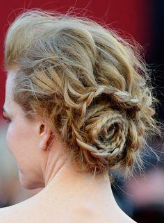 53 Romantisch Und Chic Frisuren Für Valentine ' s Tag - #Frisuren, #Haar, #Haare, #HaareRichtigGlätten, #Hochsteckfrisuren, #LoseHaare, #ModerneFrisuren