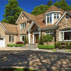 Exterior House Colors With Brown Roof Design, Pictures, Remodel, Decor and Ideas - page 9